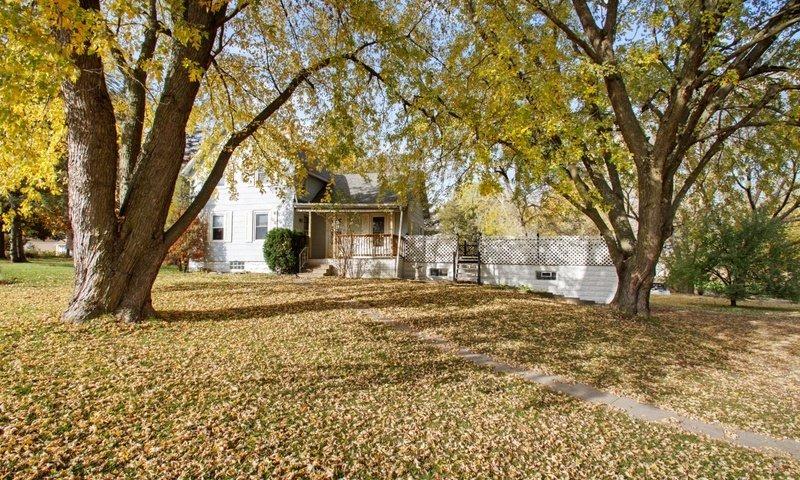 804 W North St Williamsburg 52361 | Iowa County